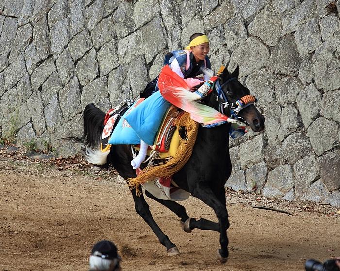 """""""菊間祭り"""" お供馬の走り込み_a0140608_10532755.jpg"""