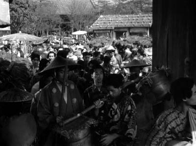 和風ハロウィーン怪談特集1 溝口健二監督『雨月物語』(大映、1953年) その2_f0147840_22165427.jpg