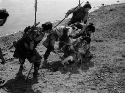 和風ハロウィーン怪談特集1 溝口健二監督『雨月物語』(大映、1953年) その2_f0147840_22273787.jpg