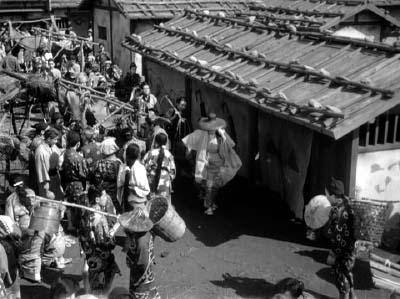 和風ハロウィーン怪談特集1 溝口健二監督『雨月物語』(大映、1953年) その2_f0147840_22591153.jpg