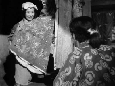 和風ハロウィーン怪談特集1 溝口健二監督『雨月物語』(大映、1953年) その2_f0147840_2341118.jpg