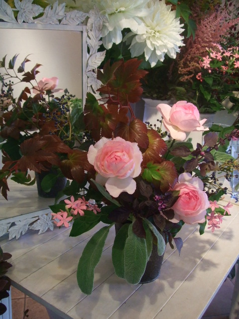 オークリーフ花の教室(島崎さんの作品)_f0049672_1882213.jpg