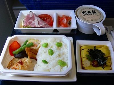 中国出張2010年05月-第一日目-北京でトランジット、飛行機トラブルで2時間待ち_c0153302_0484157.jpg