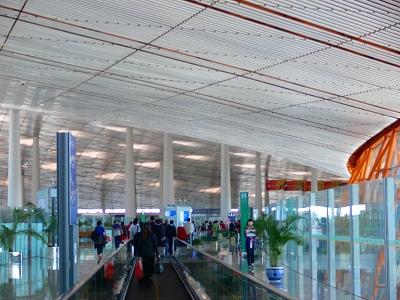 中国出張2010年05月-第一日目-北京でトランジット、飛行機トラブルで2時間待ち_c0153302_050520.jpg