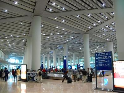 中国出張2010年05月-第一日目-北京でトランジット、飛行機トラブルで2時間待ち_c0153302_0544190.jpg