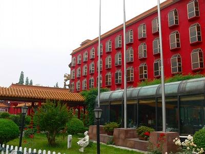 中国出張2010年05月-第二日目-武漢のホテルの中庭と朝食_c0153302_2239465.jpg