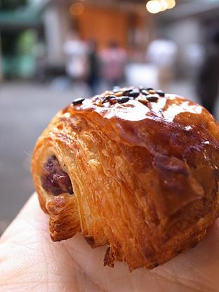 再訪! どこか不思議なパン屋さん@仙川_e0197587_2324385.jpg