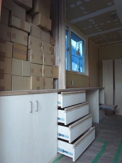 袴塚の家 造作家具工事-2 2010/10/25_a0039934_17315412.jpg