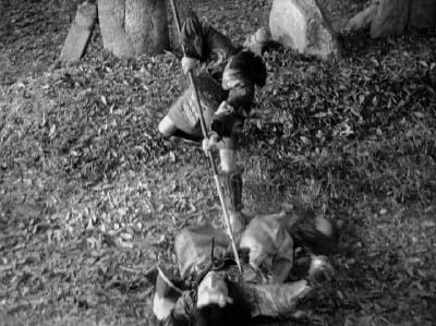 和風ハロウィーン怪談特集1 溝口健二監督『雨月物語』(大映、1953年) その4_f0147840_23541167.jpg