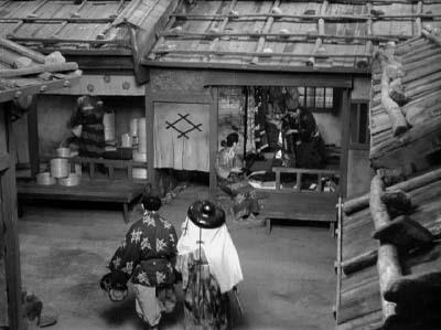 和風ハロウィーン怪談特集1 溝口健二監督『雨月物語』(大映、1953年) その4_f0147840_2358689.jpg