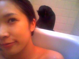 禁断の入浴シーン!!_e0114246_527787.jpg