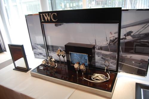 『2010 IWC ポルトギーゼ・ナビゲーション』/BEST新宿_f0039351_17565349.jpg