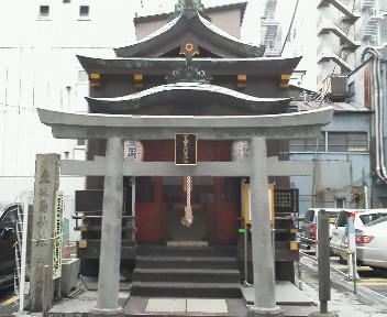 神社めぐり…_b0093660_16501296.jpg