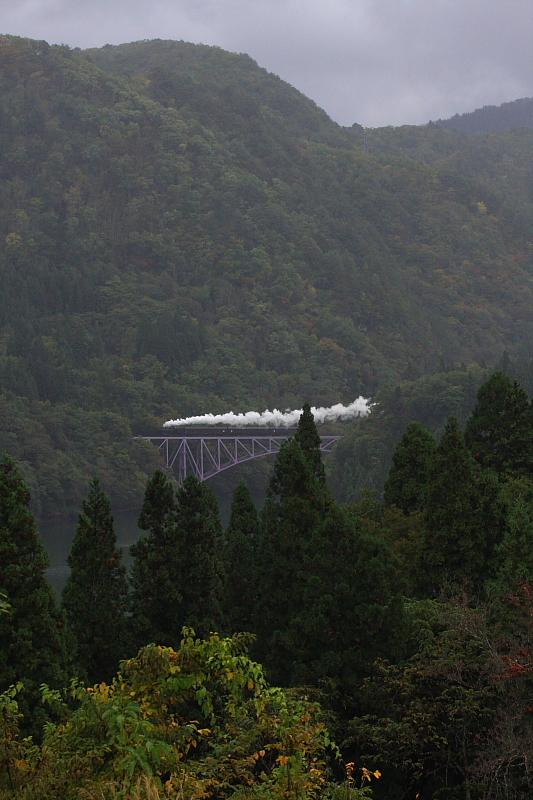 2010年秋 只見紅葉号 試運転(1) - 寒さと白煙 - _b0190710_22461930.jpg