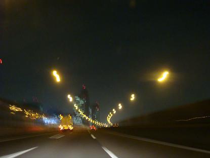 夜の高速道路_a0014840_17515049.jpg