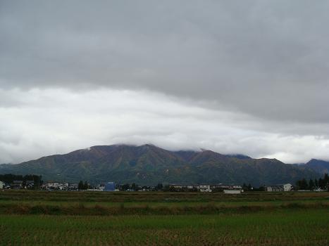 雨雲の隙間から_a0014840_22352560.jpg