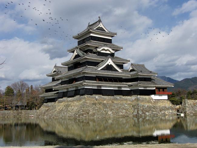 赤い松本城_e0206496_11291534.jpg