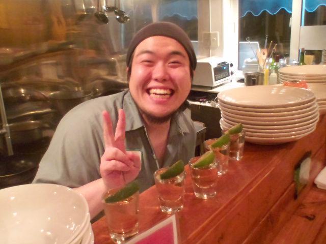店長のニコニコブログ!久しぶりの雪かきからスタート!_b0127002_22271997.jpg