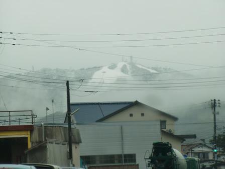 初雪_a0128408_18112385.jpg