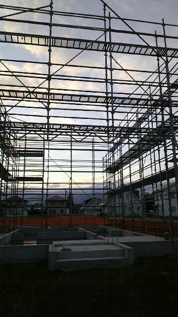 木工事準備中_e0180332_1764863.jpg