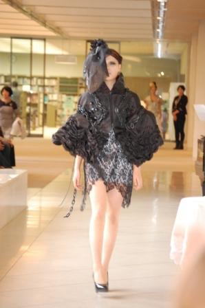 ヴィクトリアンファッションショー報告!(^_-)-☆_b0163640_1751463.jpg