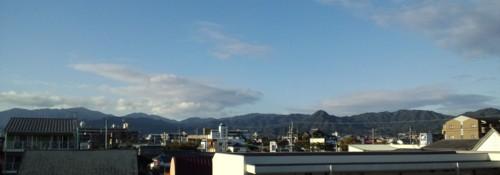 清々しい朝!秋晴れ…美しい脊振山系_d0082356_8471515.jpg