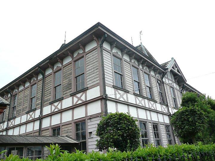 旧三菱合資会社唐津支店本館_c0112559_1520364.jpg