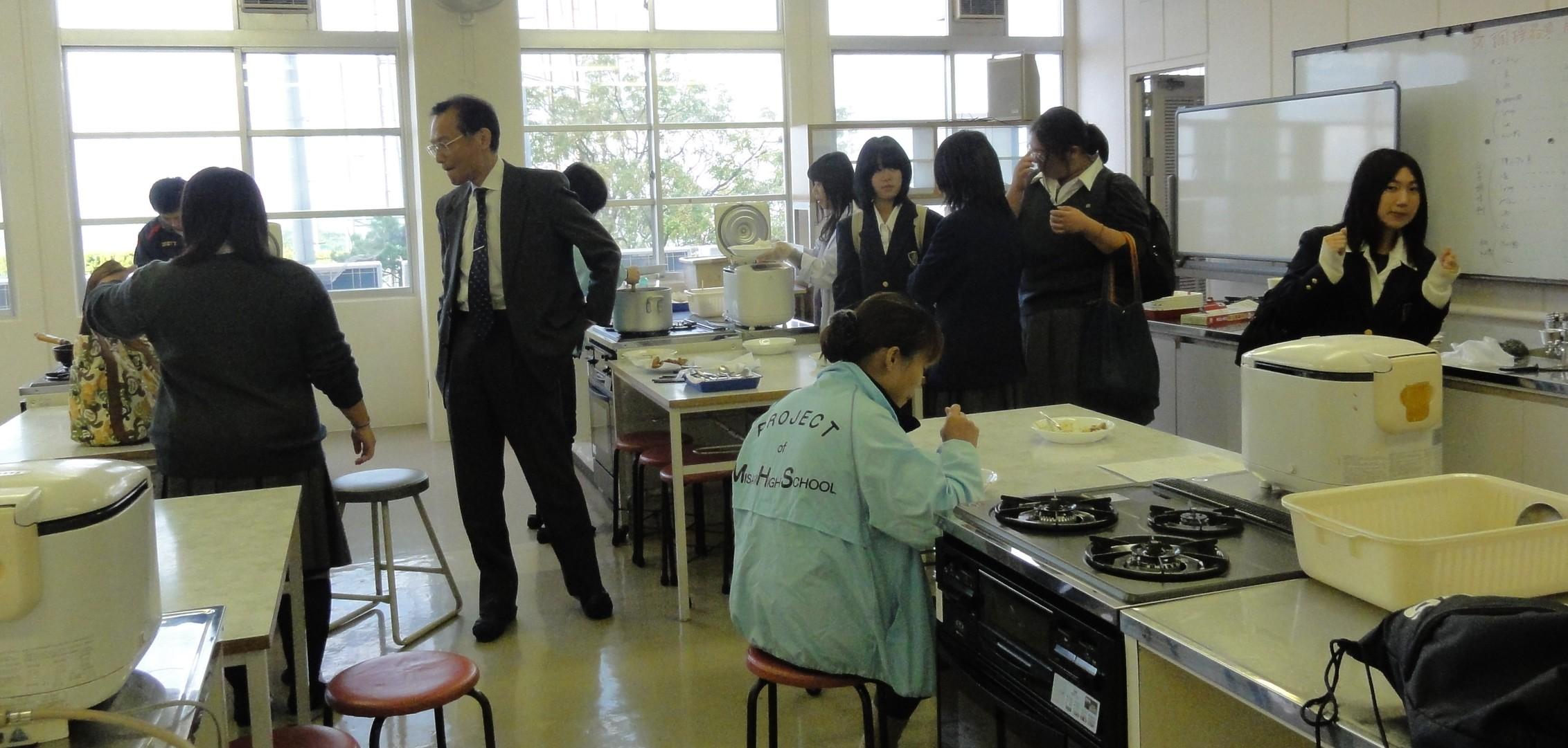 岬高校:第4回「MISAKIプロジェクト2010」連絡協議会_c0108460_20171617.jpg