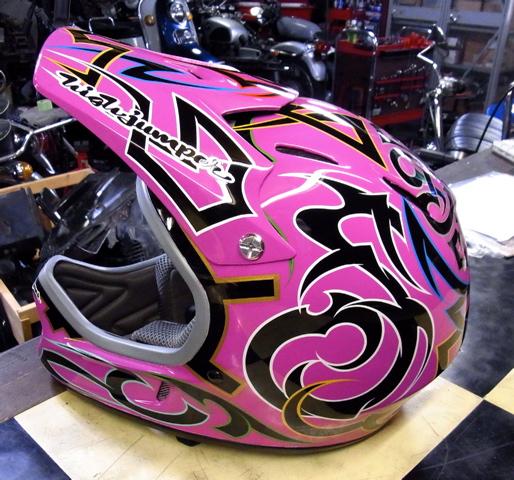 三村君のヘルメット_c0223486_2231879.jpg