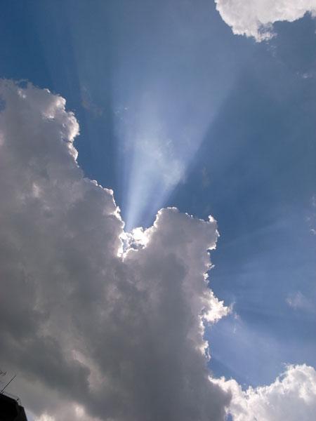 空の彼方へ sakko_f0215496_17554684.jpg