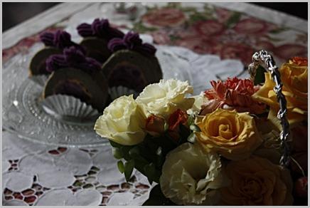 紫芋でロール_f0007106_141330100.jpg