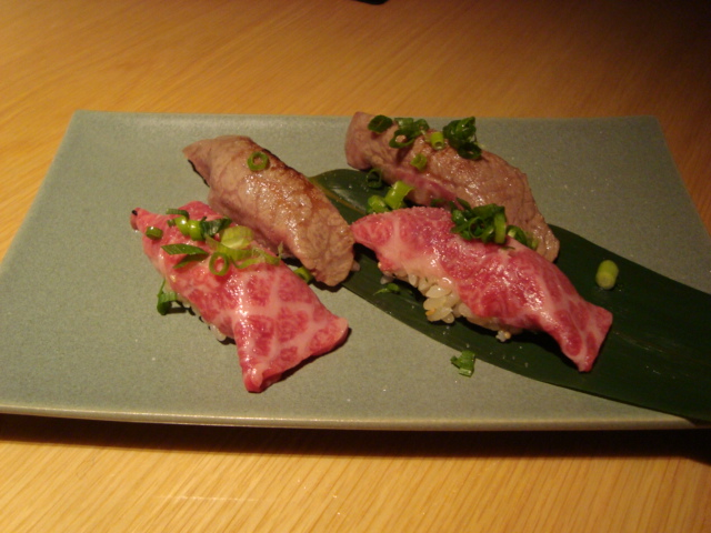 新宿「新宿旭町の肉処 はなもんや」へ行く。_f0232060_2515990.jpg