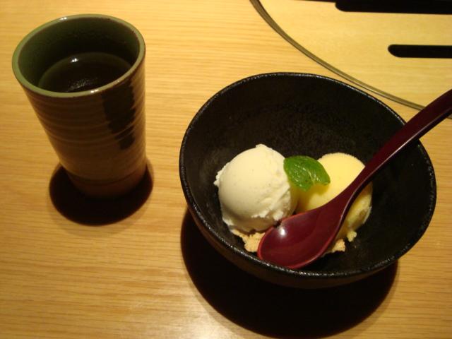 新宿「新宿旭町の肉処 はなもんや」へ行く。_f0232060_3145130.jpg