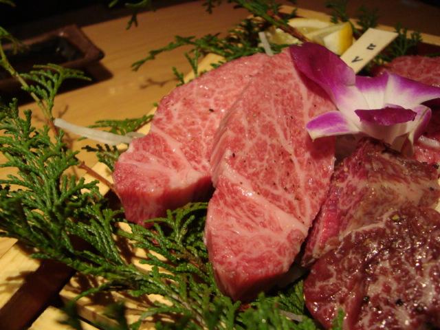 新宿「新宿旭町の肉処 はなもんや」へ行く。_f0232060_34141.jpg