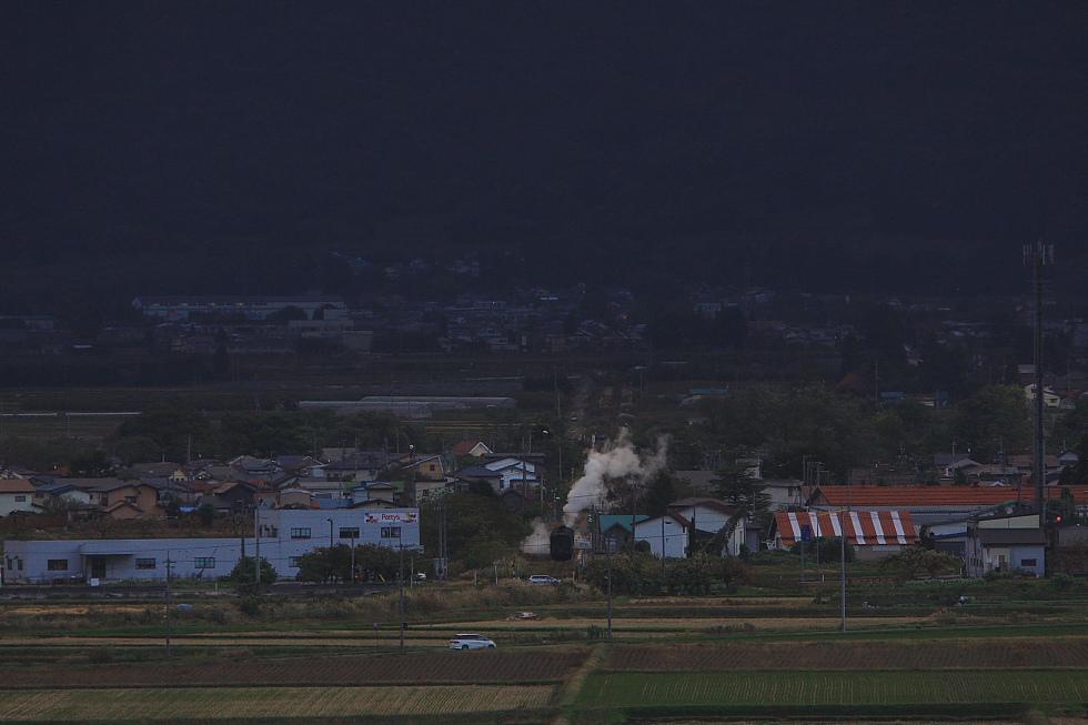 2010年秋 只見紅葉号 試運転(4) - 丘から汽車見物… - _b0190710_21345263.jpg
