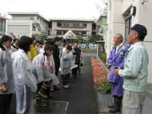 福井市の勢和中学校1年生の子供達が農業体験にやってきました_e0061225_11281346.jpg