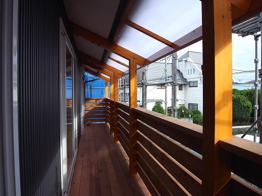 袴塚の家 屋根完成 2010/10/29_a0039934_18351433.jpg