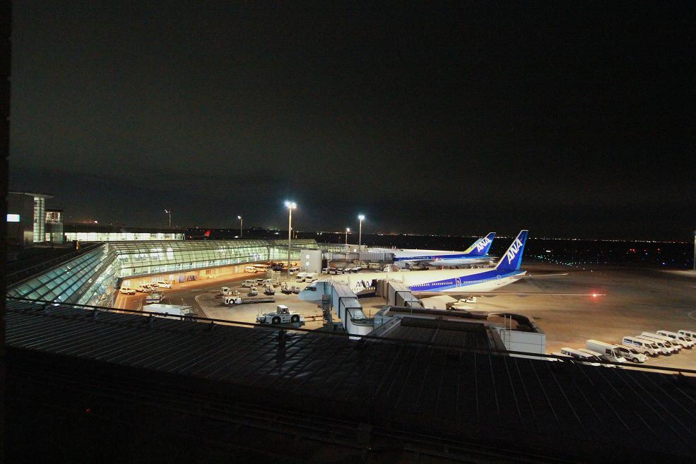 33年ぶりの羽田空港宿泊_a0107574_19304690.jpg