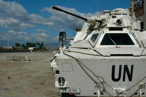 震災から10ヶ月、ハイチの現状  藤永茂_c0139575_2236889.jpg