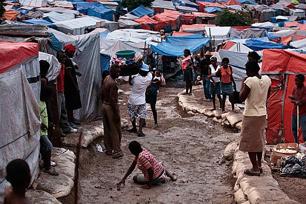 震災から10ヶ月、ハイチの現状  藤永茂_c0139575_22553051.jpg
