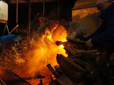 窯焚き。_a0026127_1894210.jpg