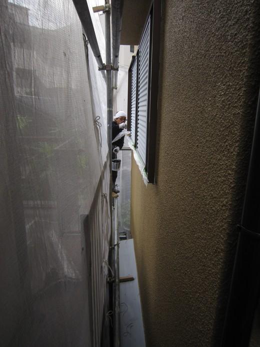 10月29日 庇、樋、雨戸塗装_c0103137_9404714.jpg