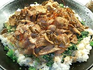 青唐辛子のピリ辛豚丼_e0159969_15542166.jpg