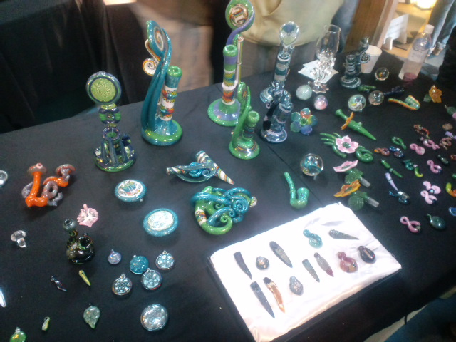 Borosilicate Glass Art Demo in Aichi 2nd IMPACT!!!!!!!!_e0209927_0485367.jpg