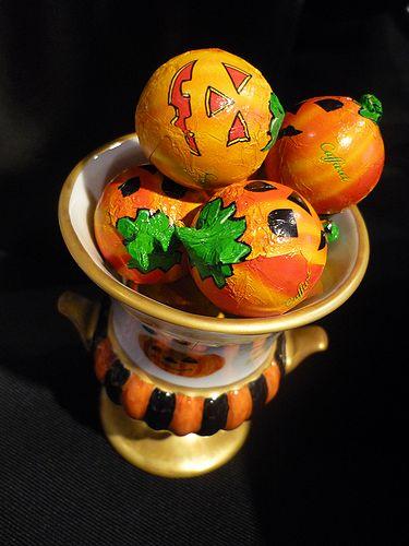 trick or treat。。。Happy Halloweenの 温かなElevensesのティータイム♪ @台湾スイーツ♪☆.。†_a0053662_17522290.jpg