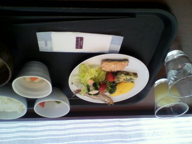 ホテルの朝食_b0106766_935824.jpg