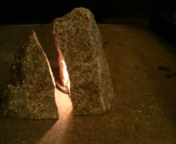 くらしの中に原初の形~宮内宏石彫作品とインドスケッチ展~  _a0166168_23173278.jpg