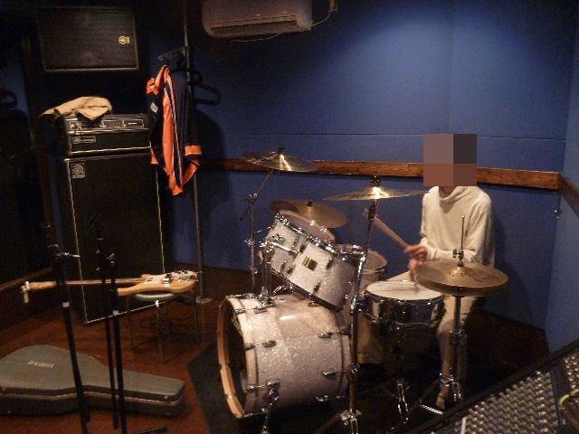 3ピースバンド結成!?_c0023278_1025464.jpg