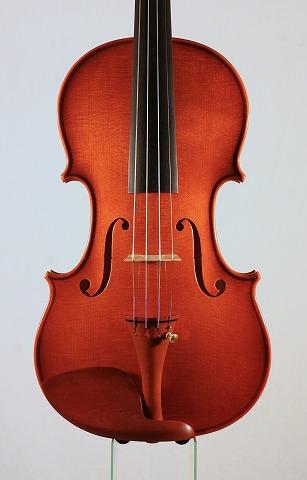 新作バイオリンの音のご紹介。_d0047461_6504943.jpg