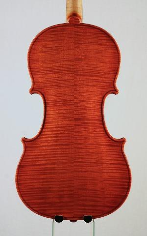 新作バイオリンの音のご紹介。_d0047461_6511650.jpg